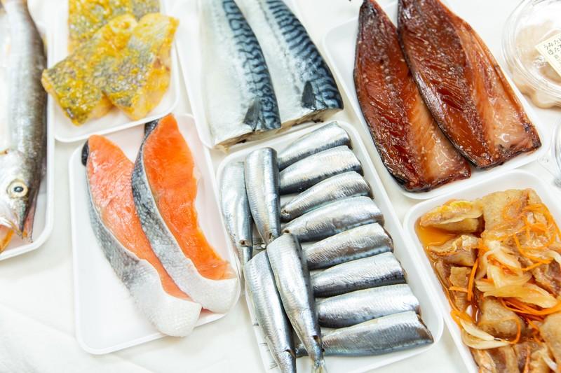 占部商店が販売する鮮魚