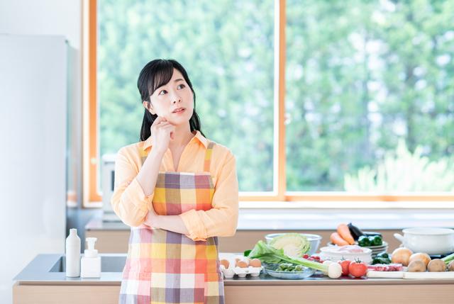 【食費の目安を知ろう】年代・地域・年収別の平均食費は?