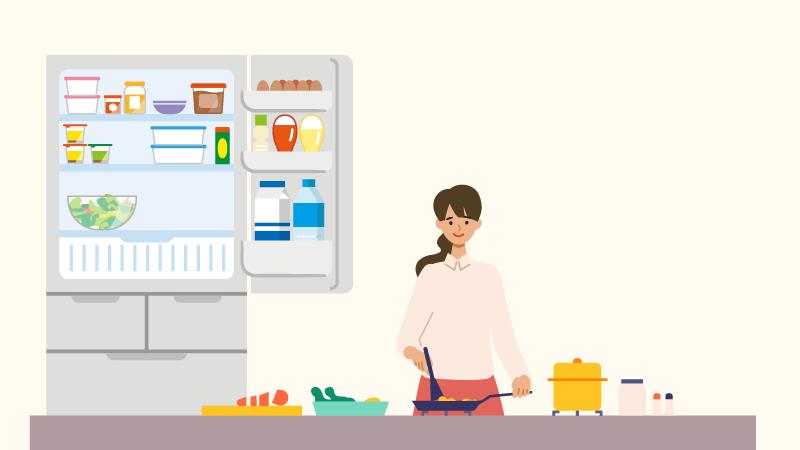 賞味期限が近いものは、冷凍庫を活用しています。